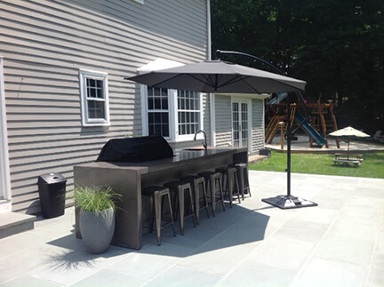 Patios & Outdoor Kitchens
